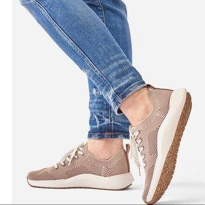 Dr.Scholls Lace up Knit Herzog Tofu Sneaker 9.5, 6